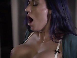 2FUCKMOM.COM: desperate mother with big tits