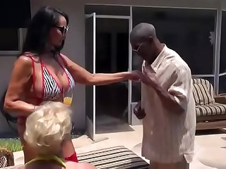 2 MILFS Doubleteam Muscular Black Man