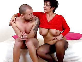 A boy forced to pussy licking by lady Greta