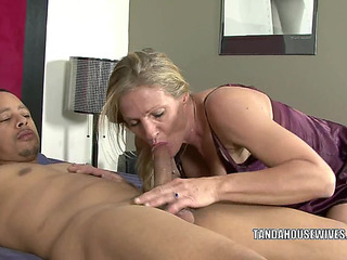 Older bitch Violet bonks a dark stud this babe just met
