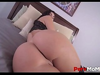 MILF Stepmom Big Tits And Big Ass Family Sex With Young Stepson To Say Thank You POV